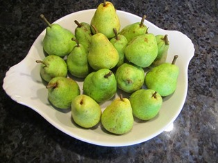 Pick Bartlett pears before they get soft and ripen in a bag to get peak flavor