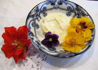 Edible flowers make ordinary butter beautiful