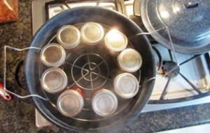 The canning process last for 15 minutes boiling time